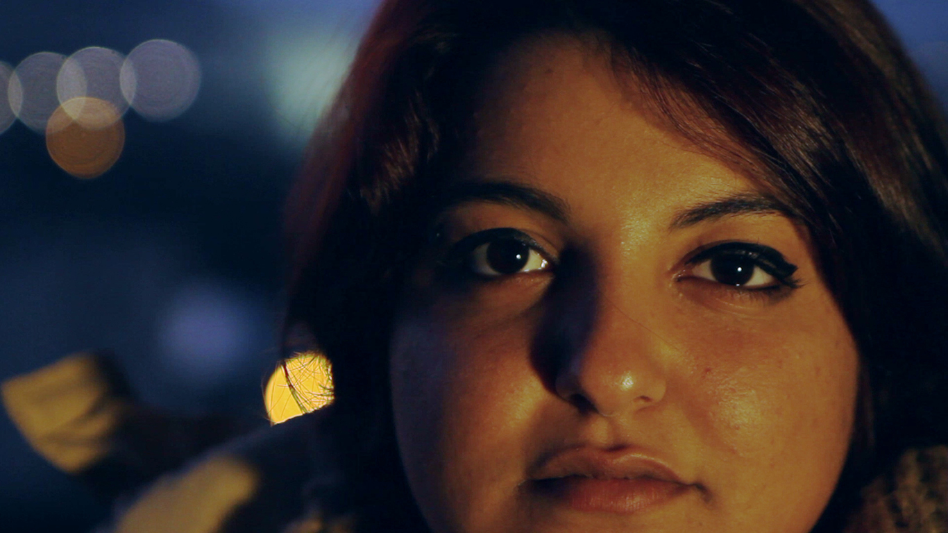 Amand(l)a2014_Portrait_BokaBG_1366X768